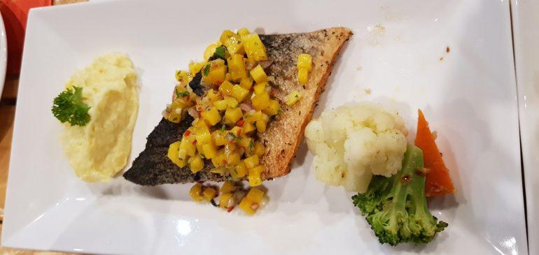 Những món ăn ngon từ Nhà Hàng – Phòng Trà Louis Reslive